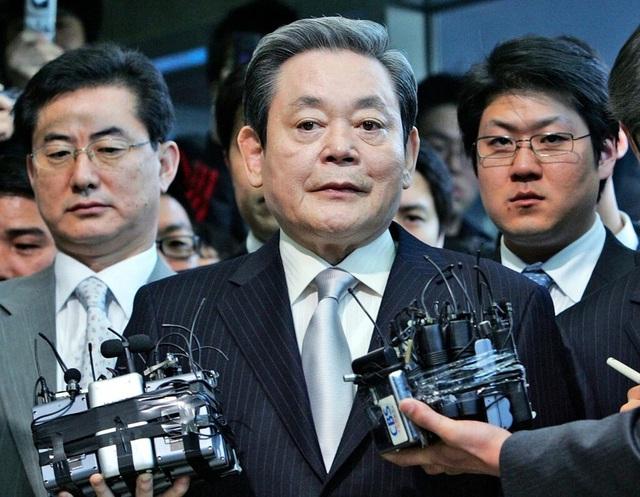 """Chông gai con đường kế vị của """"thái tử Samsung"""" - 2"""