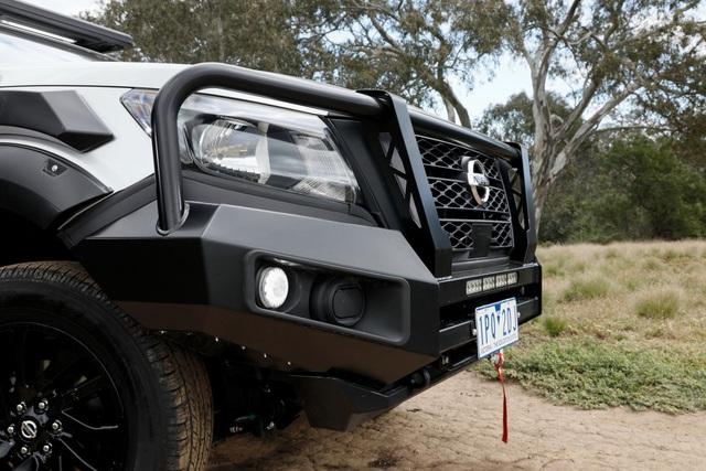 Nissan Navara 2021 xuất kích, sẵn sàng đấu với Ford Ranger - 29