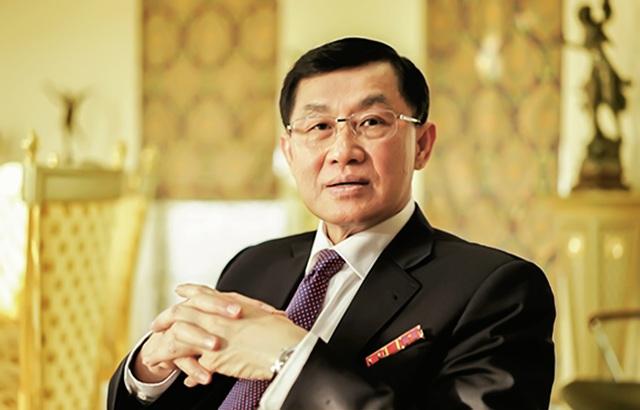 """Công ty của """"đại gia hàng hiệu"""" Johnathan Hạnh Nguyễn """"bay"""" hơn 70% lãi - 1"""