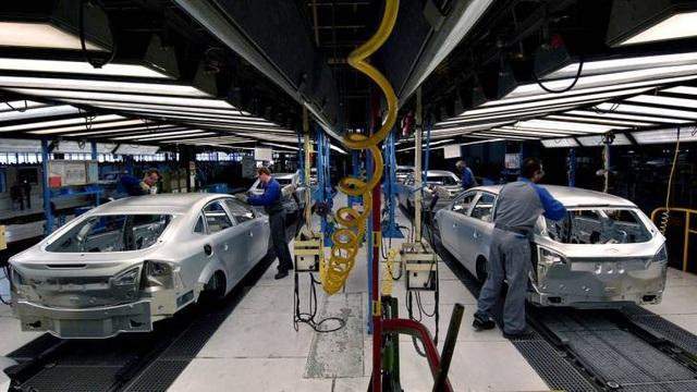 Lên kế hoạch bãi bỏ thuế tiêu thụ đặc biệt đối với ô tô sản xuất ở Việt Nam - 2