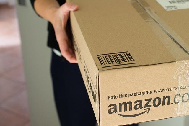Nhân viên Amazon trộm hàng trăm chiếc iPhone 12, tổng giá trị gần 14 tỉ VNĐ - 1