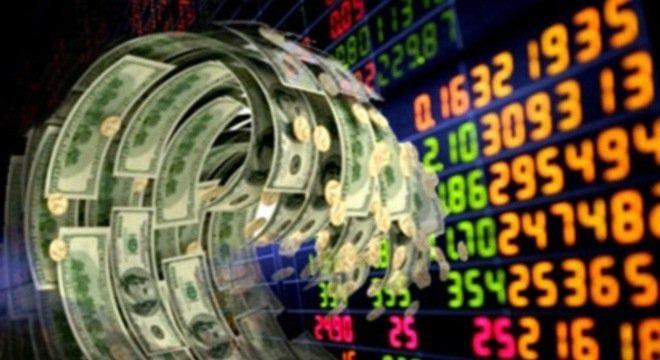 Lãi suất ngân hàng xuống rất thấp, dân dồn dập đổ tiền đầu tư chứng khoán