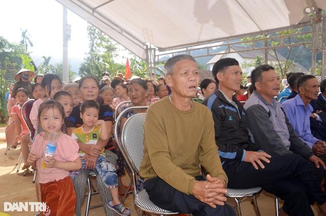 Người dân vùng rốn lũ phấn khởi ngày khởi công xóm nhà phao cứu sinh - 8