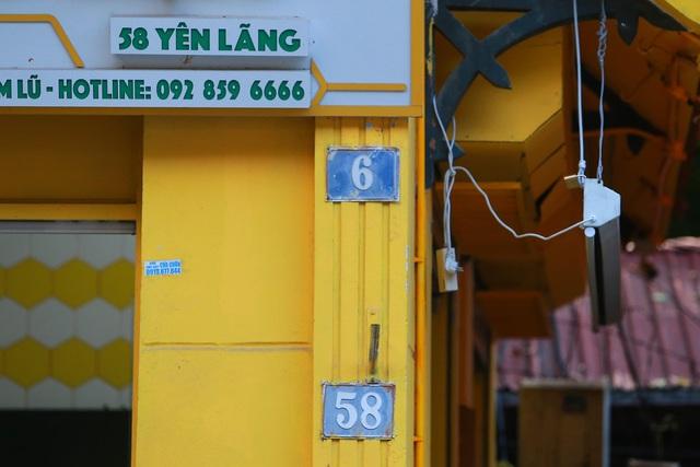 """""""Toát mồ hôi"""" khi lạc chân vào mê cung số nhà trên nhiều tuyến phố Hà Nội - 5"""