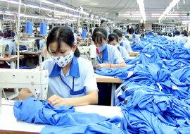 Lao động Việt nhập cảnh Đài Loan phải có giấy xét nghiệm âm tính Covid-19