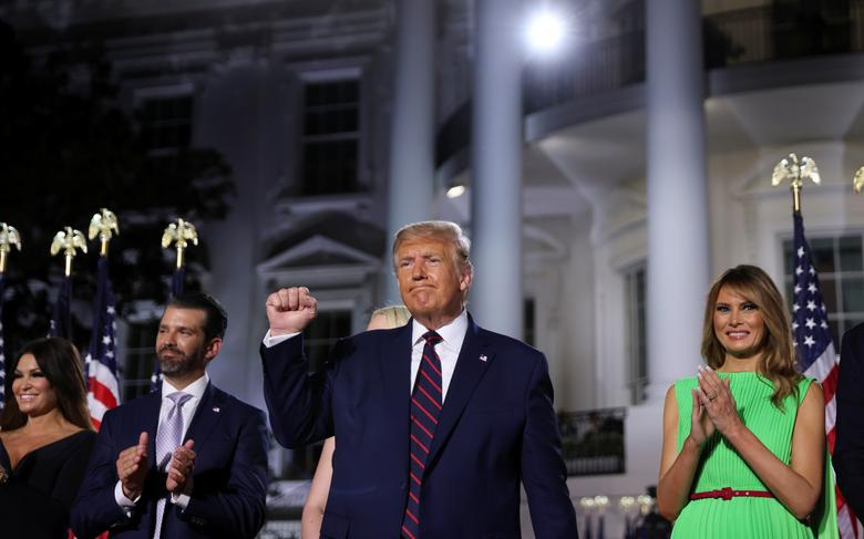 Ông Trump có thể tuyên bố tranh cử 2024 vào ngày ông Biden nhậm chức