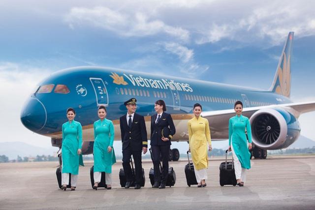 Cổ phiếu Vietnam Airlines ra sao sau sai lầm của tiếp viên nhiễm Covid-19? - 1