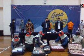 Bộ trưởng Indonesia bị bắt cùng 7 va li tiền tham ô cứu trợ Covid-19