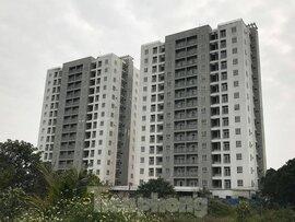 5 tòa chung cư tái định cư nằm trên đất vàng bị