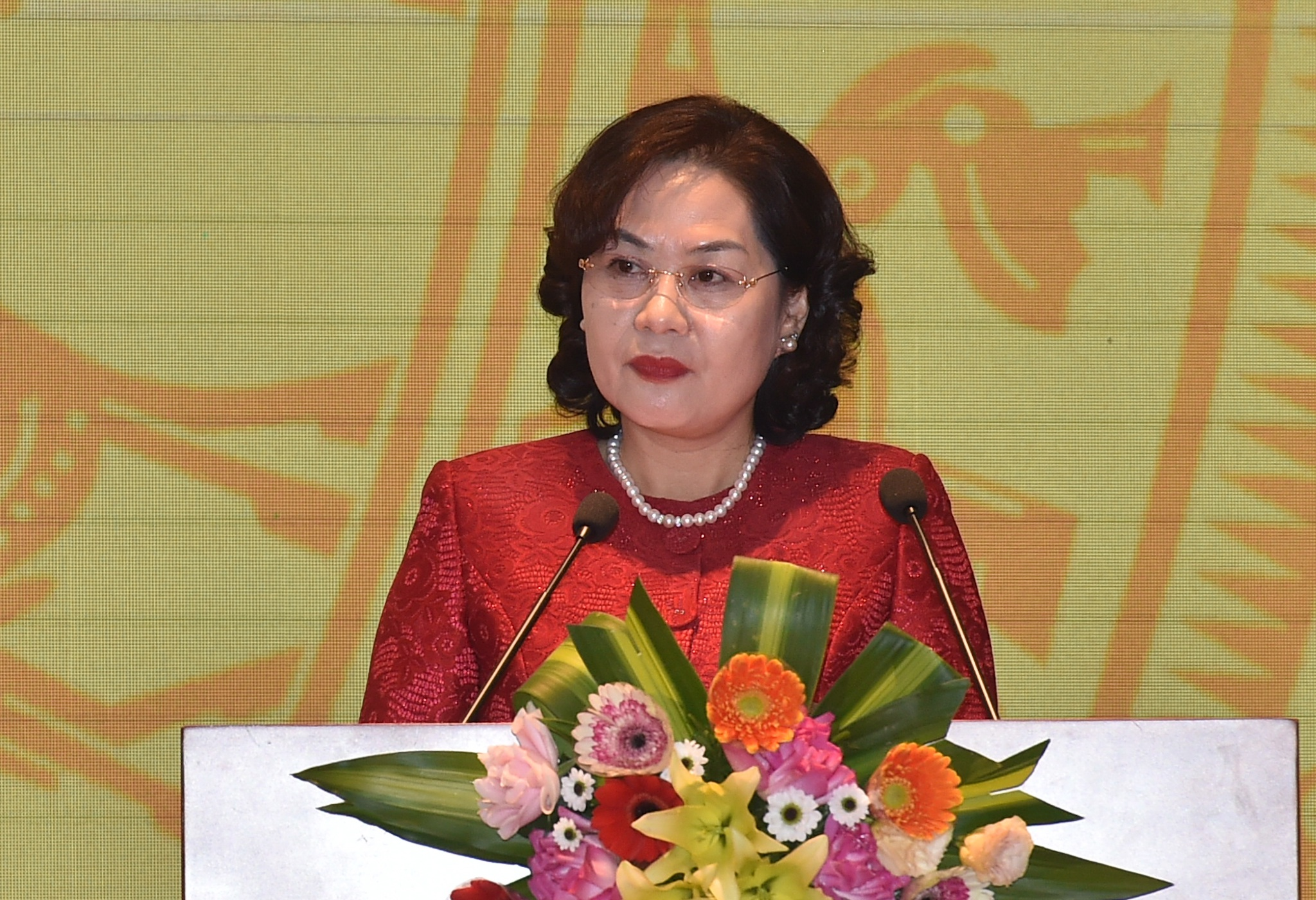 Yêu cầu của Thủ tướng với ngành ngân hàng và lời hứa của Thống đốc