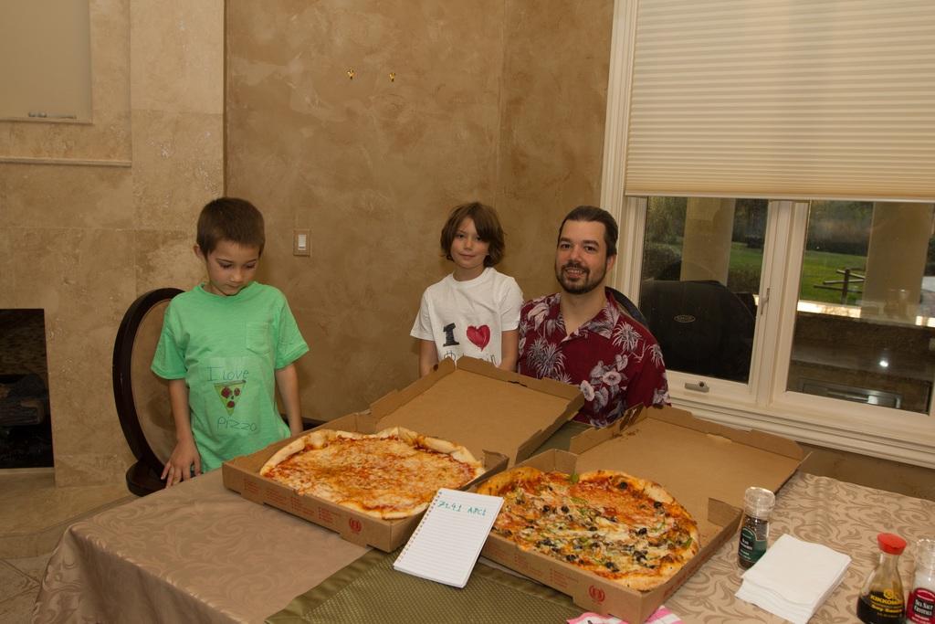 Người đàn ông từng sử dụng 10 ngàn Bitcoin để mua bánh pizza cho con