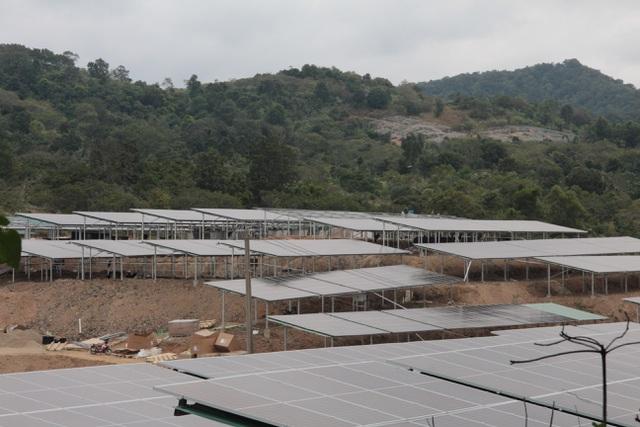 Đắk Lắk: Điện mặt trời mái nhà kiểm tra đến đâu phát hiện vi phạm đến đó - 3