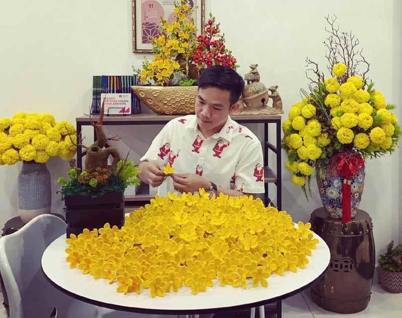 Hoa đào len sợi, giá chục triệu đồng vẫn khó mua chơi Tết