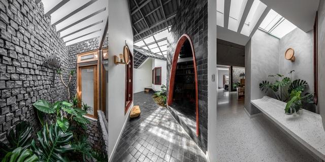 Nhà có 3 giếng trời ở Sóc Trăng nổi bật trên báo Mỹ nhờ thiết kế ấn tượng - 5