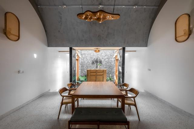 Nhà có 3 giếng trời ở Sóc Trăng nổi bật trên báo Mỹ nhờ thiết kế ấn tượng - 9