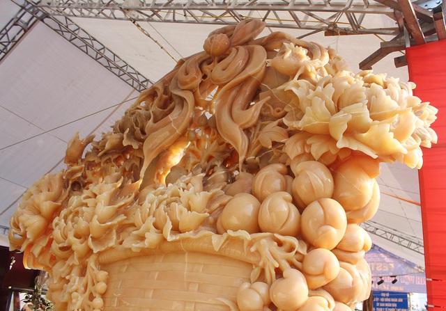 Phát sốt với giỏ hoa Tết bằng ngọc nặng 1,5 tấn, giá gần 700 triệu đồng - 8