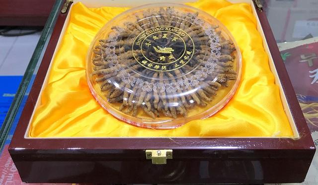 Quà Tết siêu xịn giá 1,7 tỷ đồng/kg, chỉ có đại gia mới dám xuống tiền - 1
