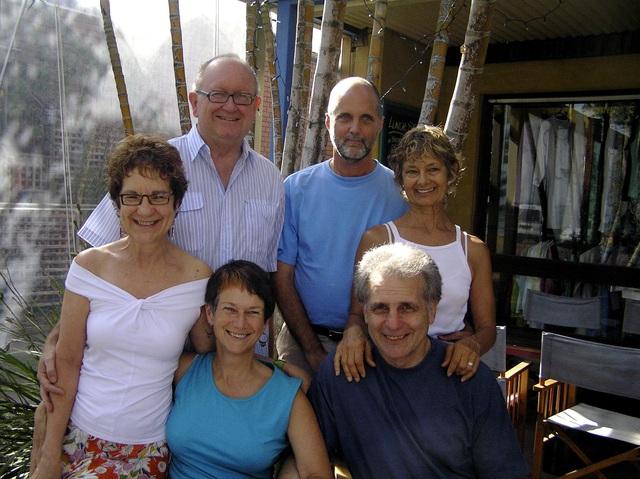 6 người bạn về quê xây nhà sống chung, an hưởng tuổi già - 2