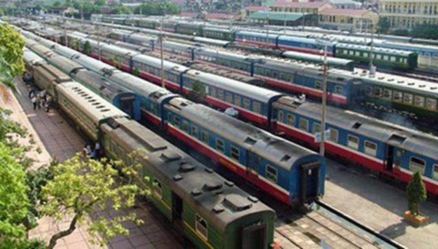 Khách ồ ạt trả vé vì sợ Covid-19, đường sắt bãi bỏ hàng loạt đoàn tàu Tết