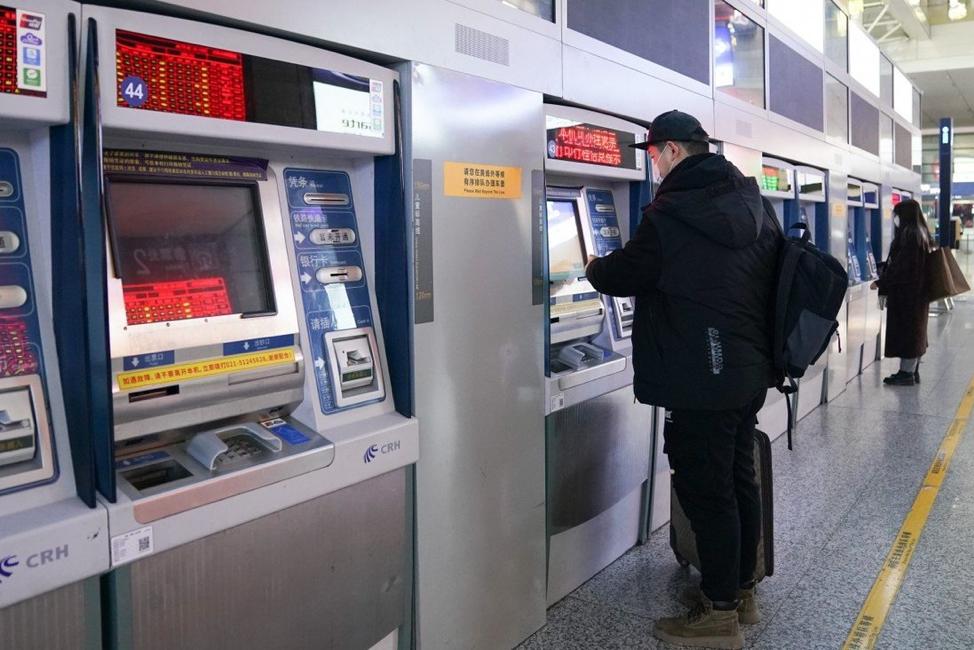 Tăng trưởng ngành dịch vụ Trung Quốc sụt giảm xuống mức thấp nhất trong 9 tháng qua