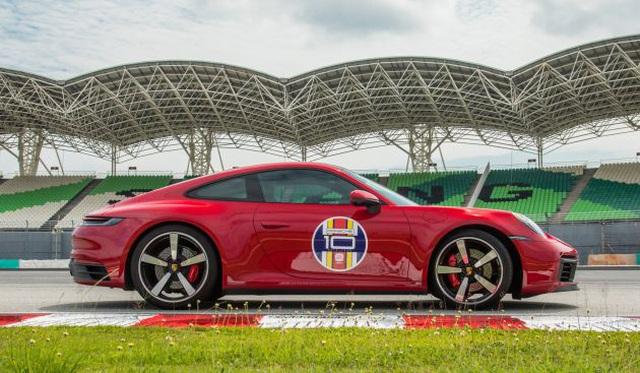 Porsche sẽ lắp ráp xe tại châu Á? - 1