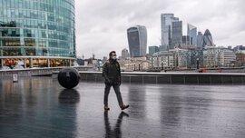 Đại dịch Covid-19 tàn phá, kinh tế Anh giảm kỷ lục 9,9%