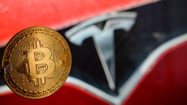 """Tesla """"đút túi"""" 1 tỷ USD sau vài tuần đầu tư vào bitcoin"""