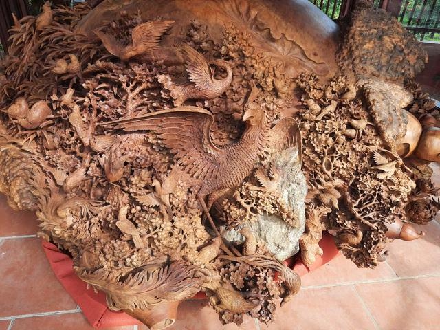 Choáng ngợp với bình hồ lô bằng gỗ, nặng 6 tấn độc nhất Việt Nam - 5