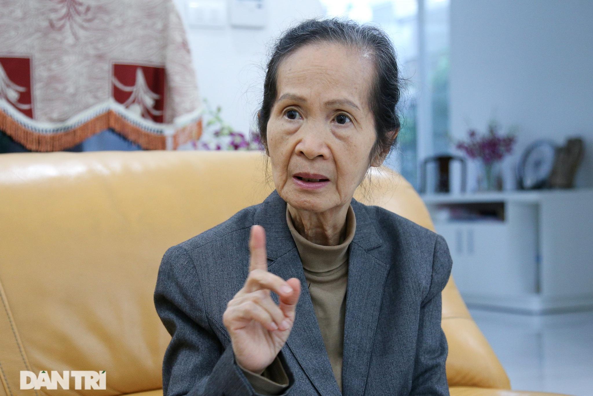 Bà Phạm Chi Lan:
