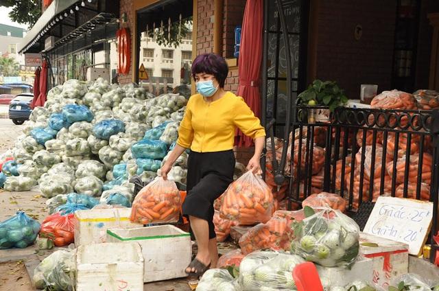 Vọt lên top giàu nhất thị trường chứng khoán, đại gia Ninh Bình xếp sau ai? - 2