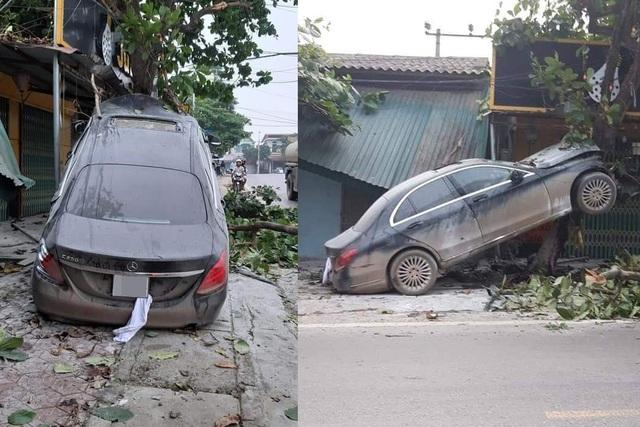 Rao bán ô tô Mercedes cam kết không đâm đụng, xe bị bóc phốt đã tai nạn - 2