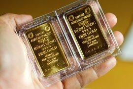 Giá vàng tăng vọt từ mức đáy 10 tháng