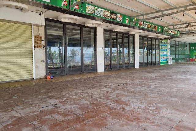 Còn đâu cảnh sôi động, loạt nhà hàng vẫn đóng cửa, treo bảng sang nhượng - 7