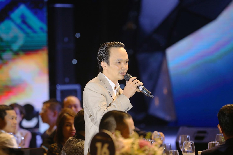 Thù lao 10 triệu đồng, ông Trịnh Văn Quyết tăng