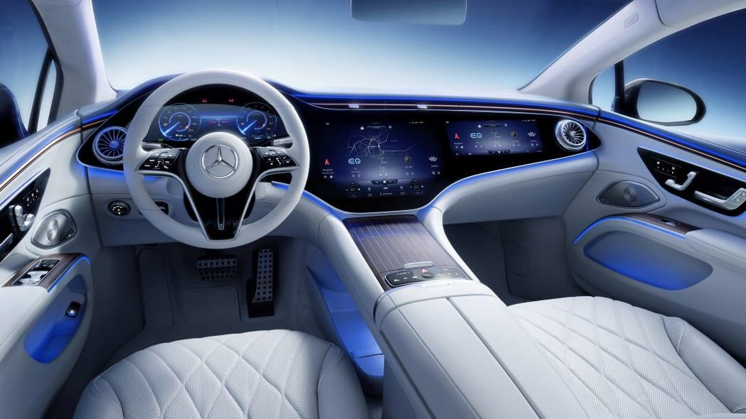 Không gian nội thất gây tò mò và choáng ngợp của Mercedes-Benz EQS