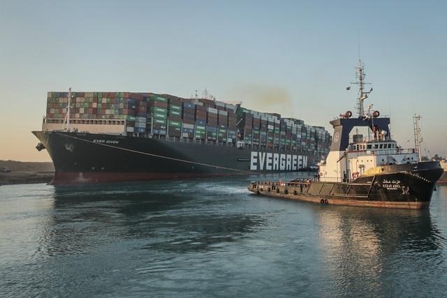 Doanh nghiệp Trung Quốc hưởng lợi lớn nhờ vụ tắc nghẽn ở kênh đào Suez - 1