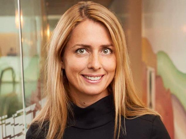 Năm kinh hoàng của nữ CEO H&M: Vừa gặp đại dịch lại dính
