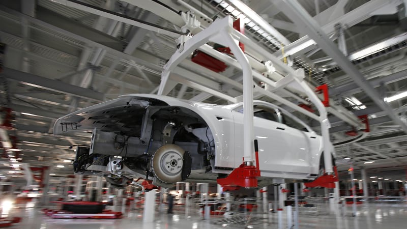 Tesla ghi nhận doanh số kỷ lục bất chấp đại dịch