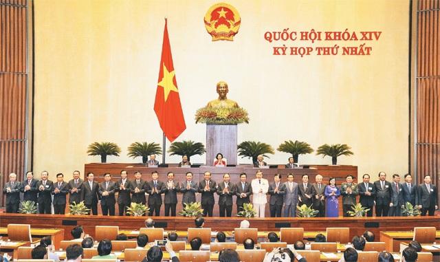 Thủ tướng Phạm Minh Chính đề nghị miễn nhiệm 1 Phó Thủ tướng, 12 Bộ trưởng