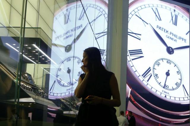 Apple sẽ giết chết ngành công nghiệp đồng hồ xa xỉ Thụy Sĩ? - 1