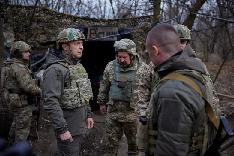 Tăng mạnh chi tiêu quốc phòng, Ukraine vẫn