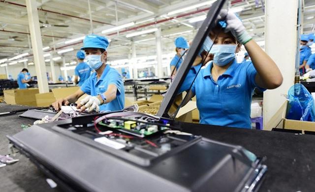 Say đắm với linh kiện giá rẻ, Việt Nam nhập siêu từ Trung Quốc cao kỷ lục - 1