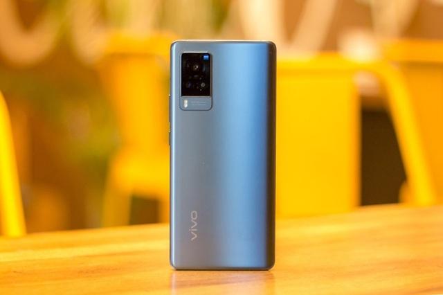 Loạt smartphone đáng chú ý vừa ra mắt tại Việt Nam - 1