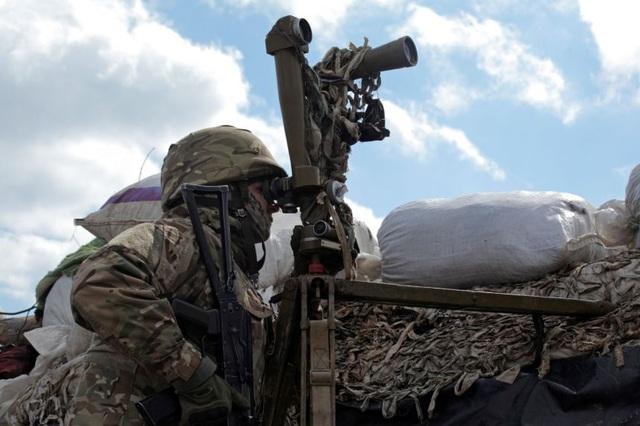 Ukraine ăn miếng, trả miếng, tuyên bố trục xuất nhà ngoại giao Nga - 1