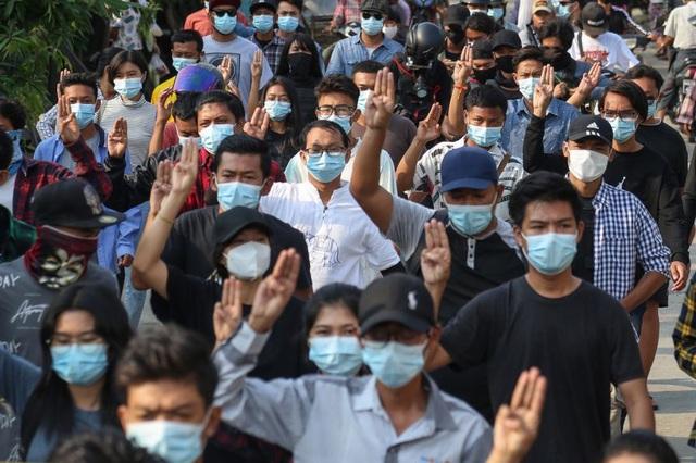 EU trừng phạt hàng loạt quan chức, doanh nghiệp Myanmar - 1