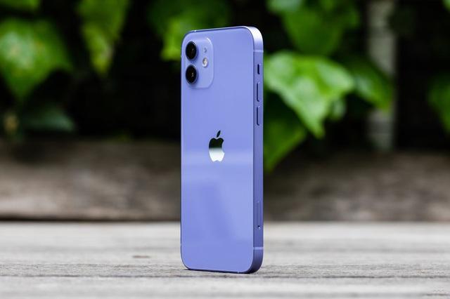 Cận cảnh chiếc iPhone 12 màu tím mà Apple vừa ra mắt - 8