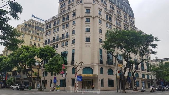 Chung cư giá rẻ mất hút, choáng váng căn hộ hạng sang gần 300 triệu đồng/m2 - 2