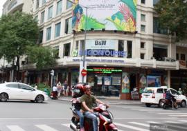 TP.HCM đề xuất không cổ phần hóa Saigontourist, loạt khách sạn trên