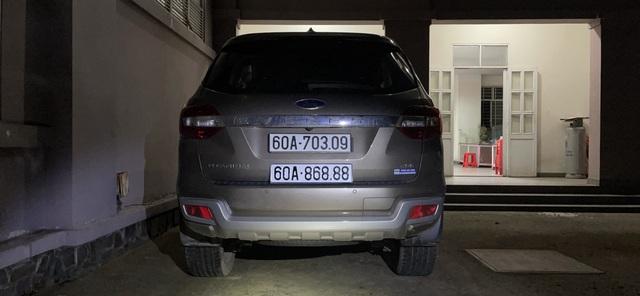 Vụ 2 ô tô trùng biển số: Sốc với lý do dùng biển giả của chủ xe Ford - 2