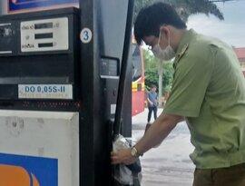 Petrolimex kỷ luật cán bộ vì bán dầu kém chất lượng